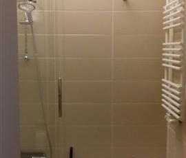 badkamer met ligbad/douche